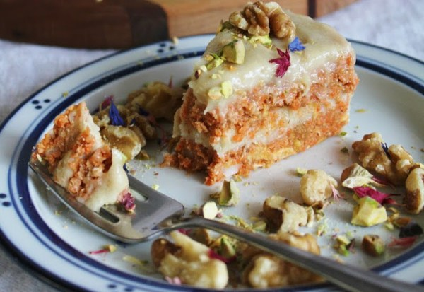 Raw-Carrot-Cake-with-Cashew-Cream-Cheese-Frosting-