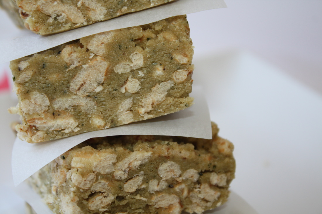 10 Homemade Energy Bars: The Easy and Inexpensive Way to Refuel
