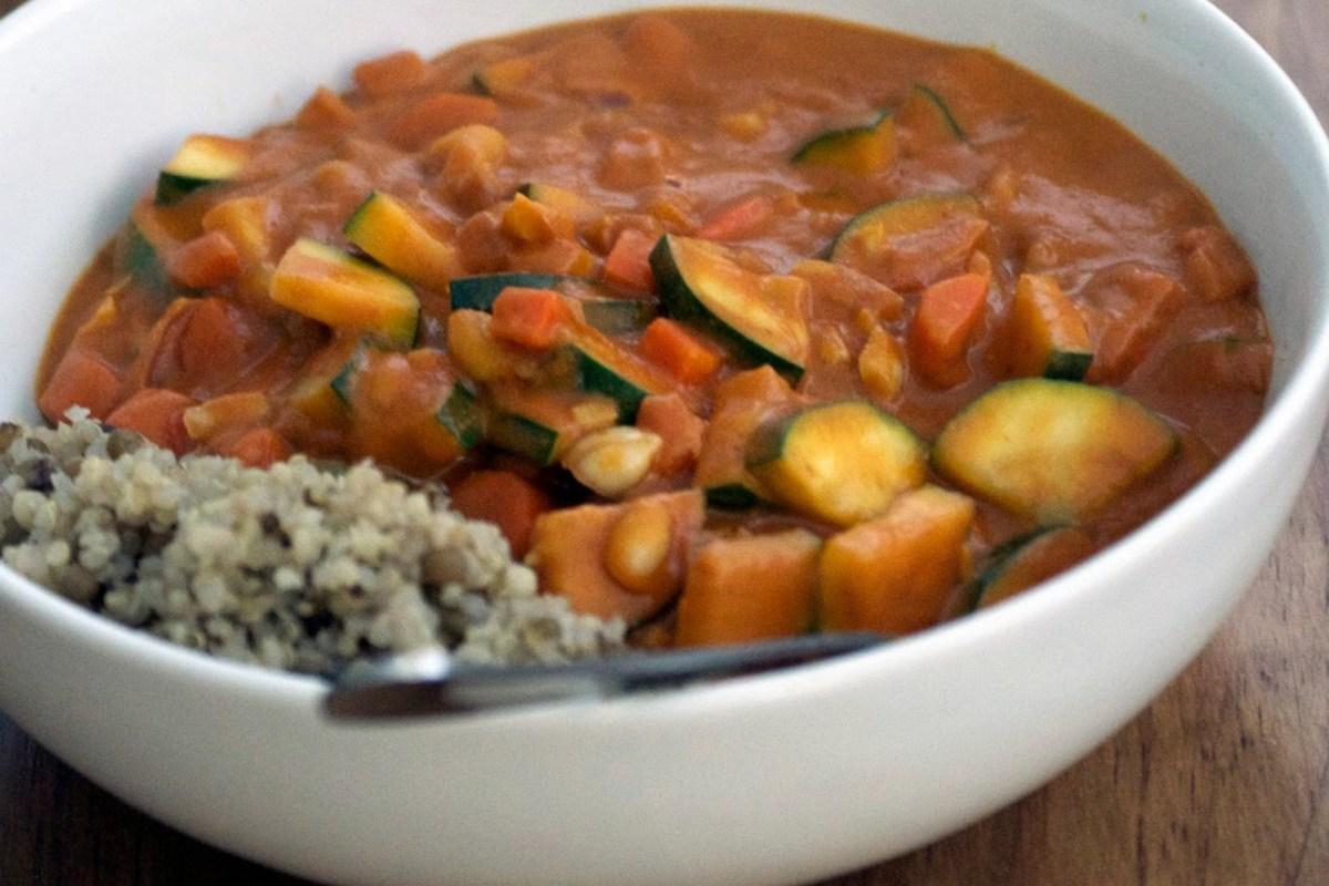African Peanut Soup [Vegan]