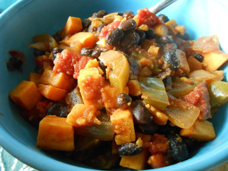 Chipotle-Sweet-Potato-and-Black-Bean-Chili