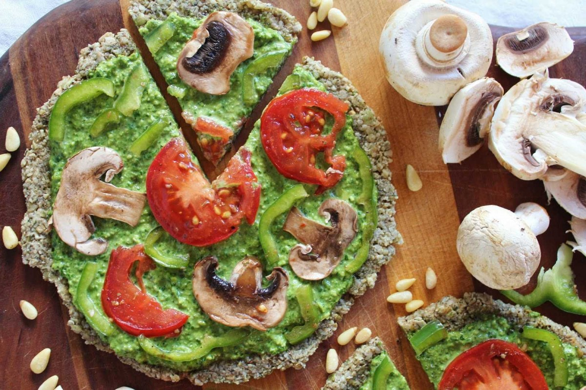 Raw-Pizza-with-Spinach-Pesto-and-Vegetables1-1200x800