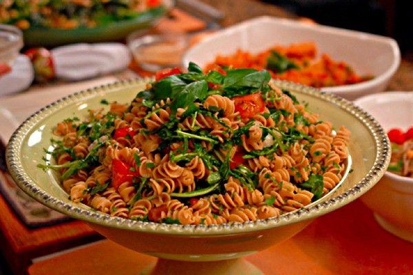 Rotini-with-Fresh-Arugula-and-Tomato-Sauce