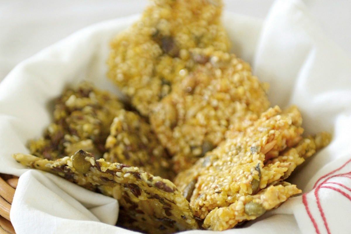 quino and mixed seed crackers