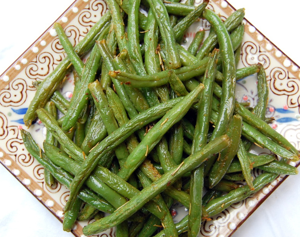 Rosemary-Roasted-String-Beans