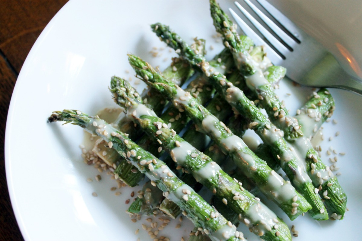 If You Like The Middle Eastern Flavors Of Lemon, Sesame And Tahini, Then You  Will Love This Recipe For Super Simple Sesamedrenched Asparagus