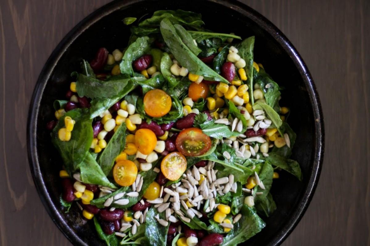 Arugula-Basil-Salad-With-Sweet-Corn-Red-Beans-Lemon-+-Spices--1200x800