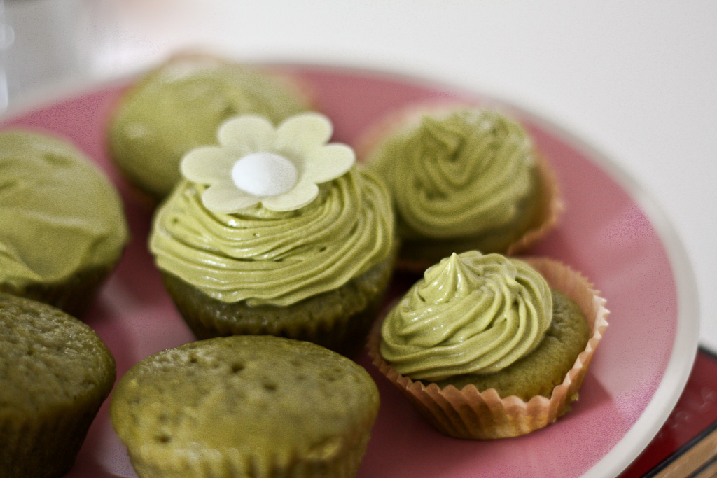 Vegan-Matcha-Green-Tea-Cupcakes-