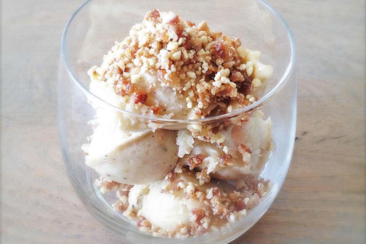 Banana Chai Ice Cream With Gingerbread Crumble [Vegan, Raw, Gluten-Free]