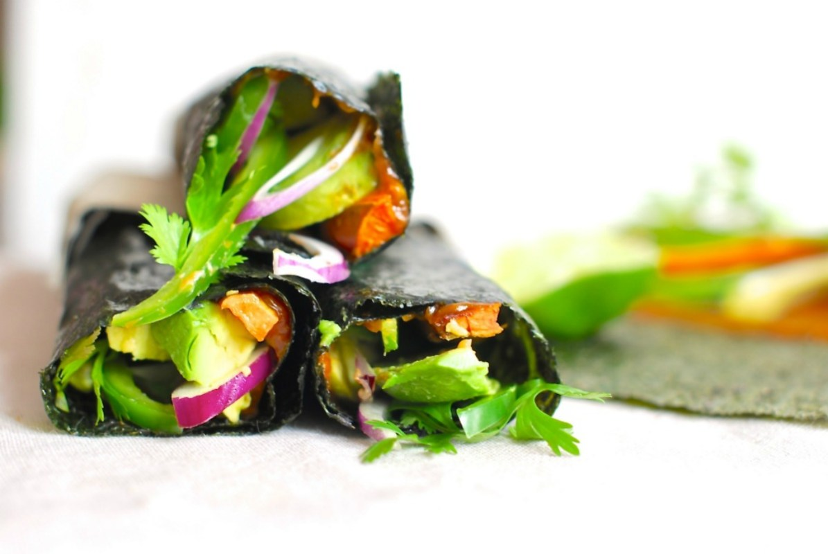 Nori Wrap With Sweet Potato, Avocado and Miso Dressing [Vegan, Gluten-Free]