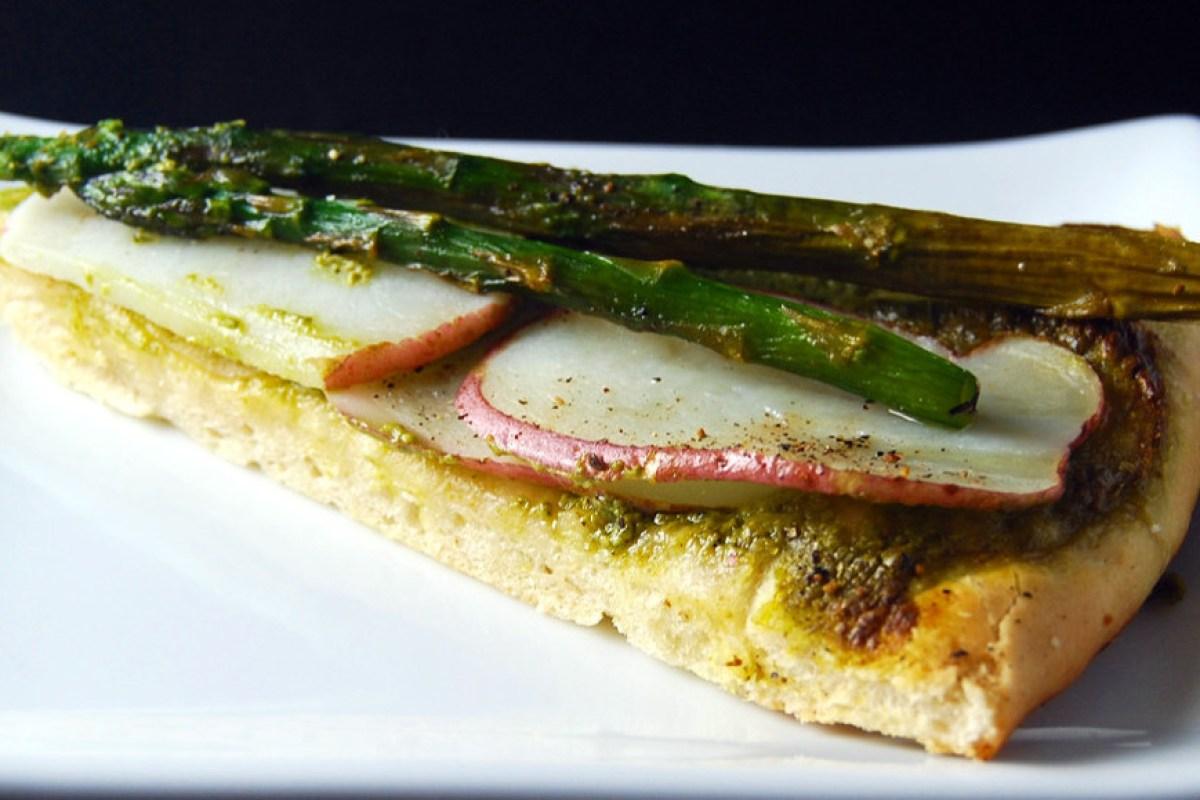 Asparagus-Potato-Pizza