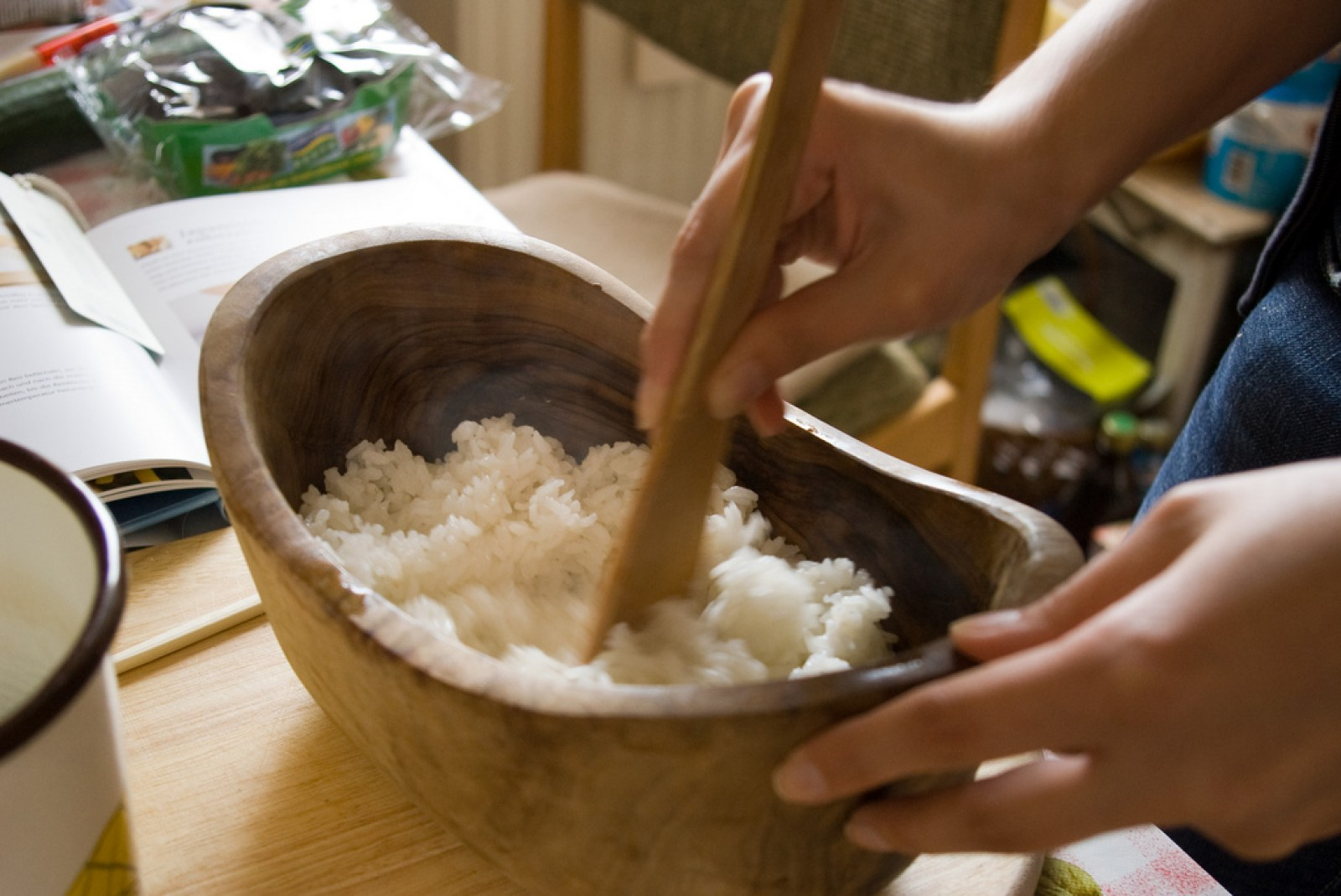 How-to-Make-Sushi-Rice