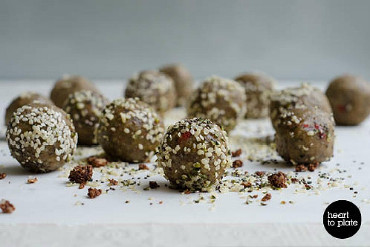 Super Protein Balls [Vegan, Gluten-Free]