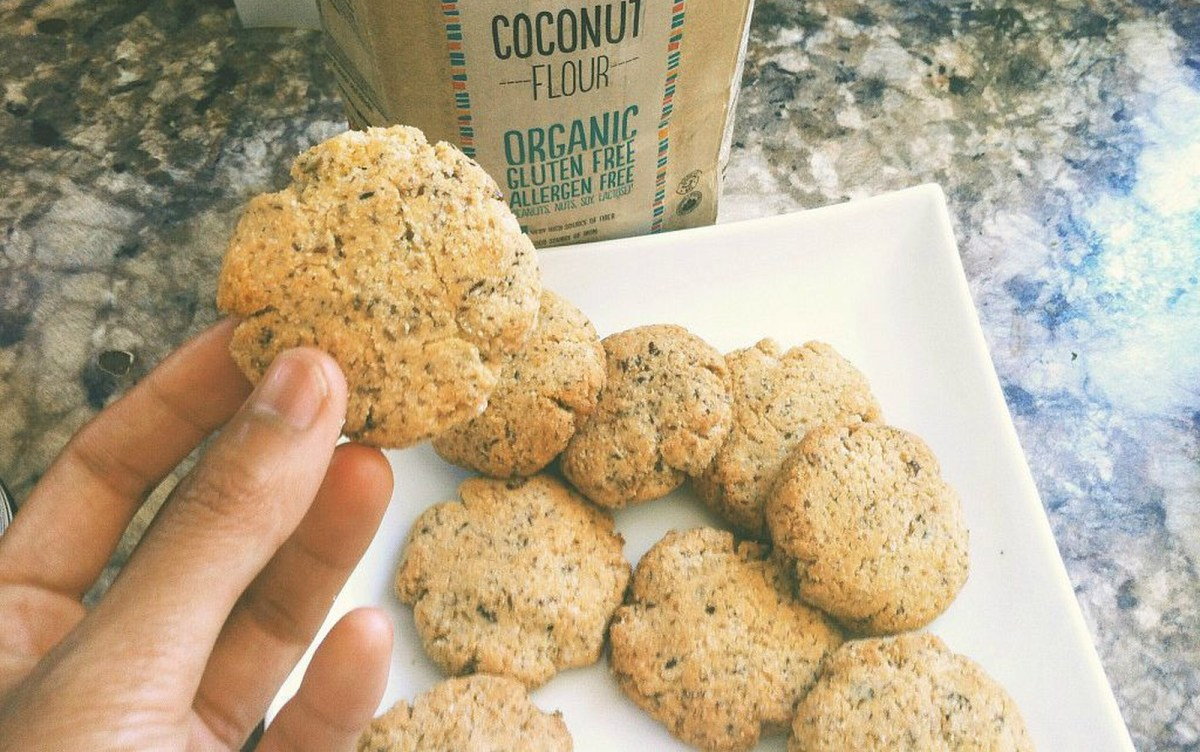 Soft Coconut Breakfast Cookies [Vegan, Gluten-Free]