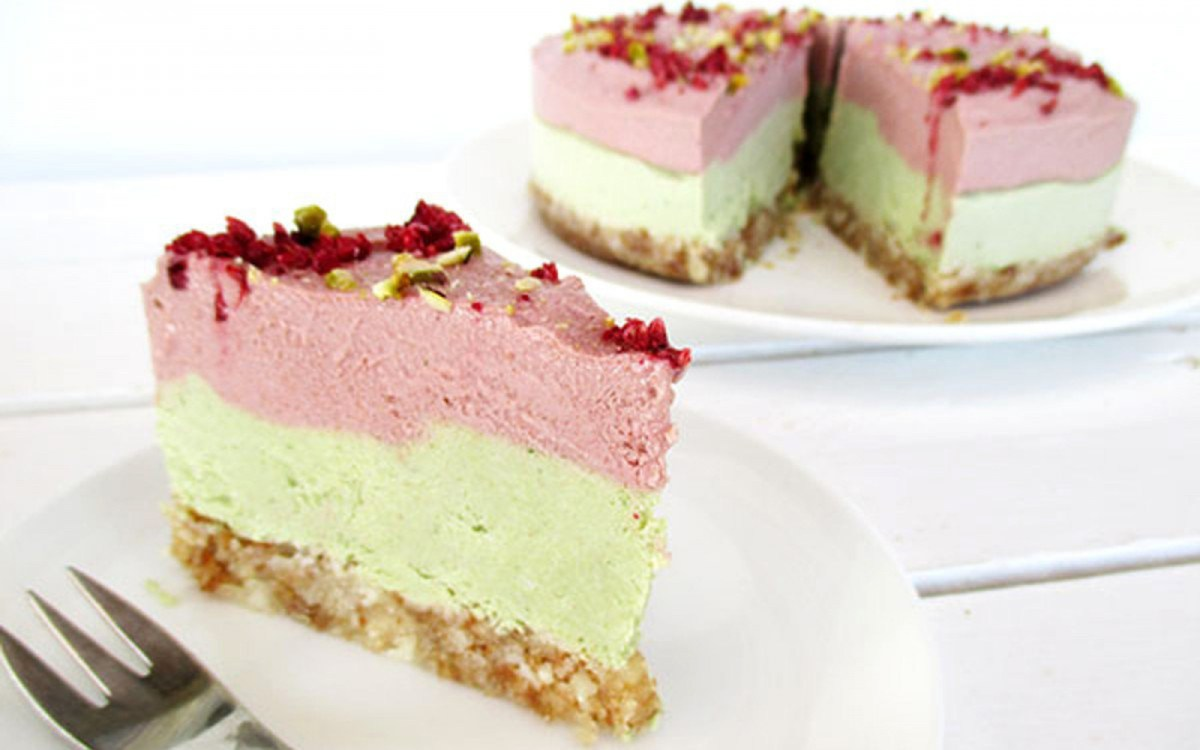 No-Bake Strawberry Lime cheesecake