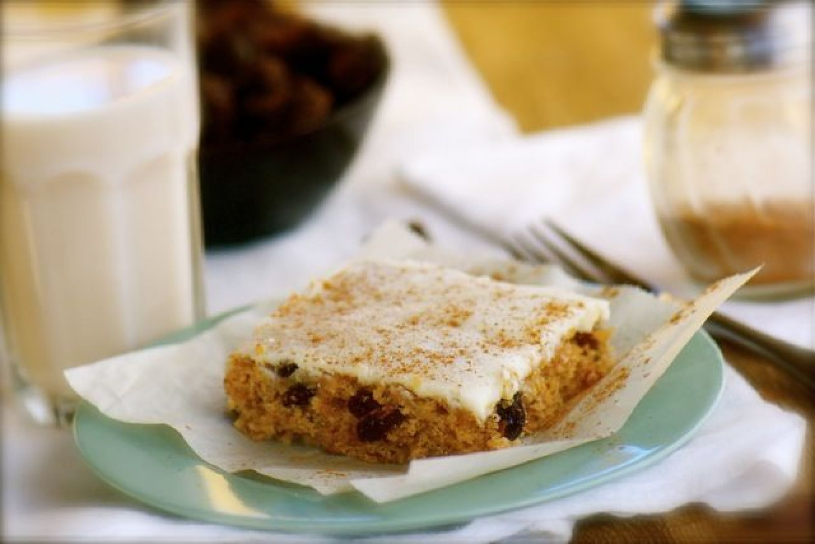 Recipe: Cinnamon Raisin Bars