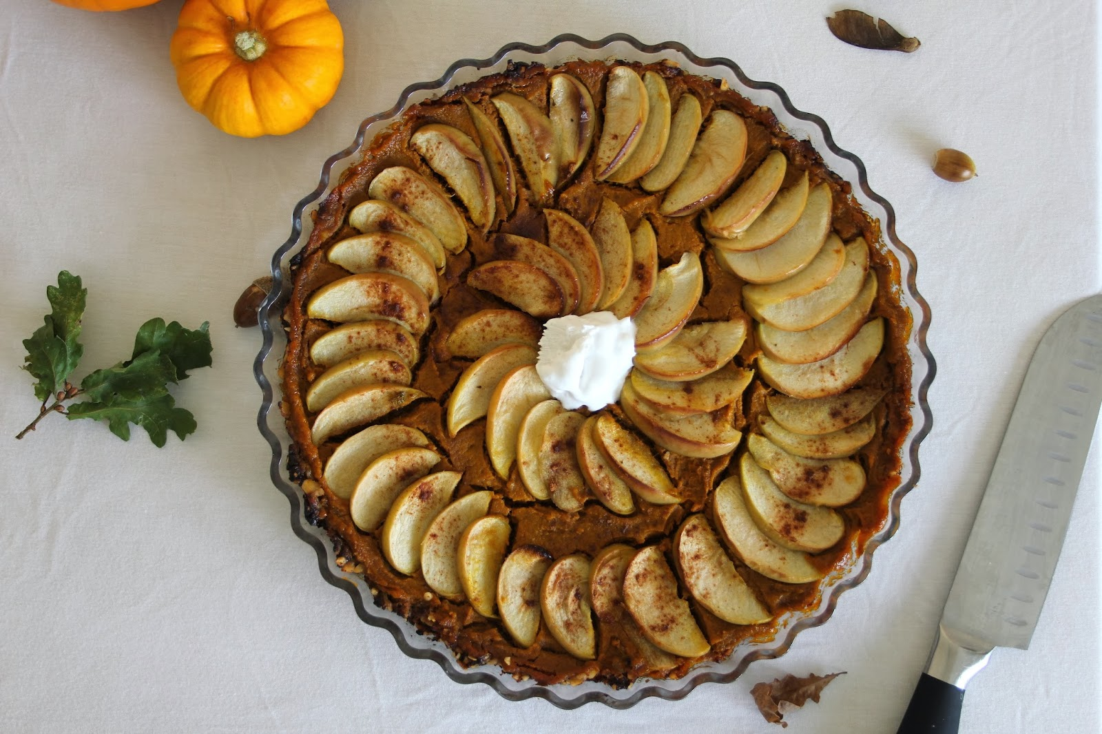 Apple Pumpkin Pie Tart [Vegan]
