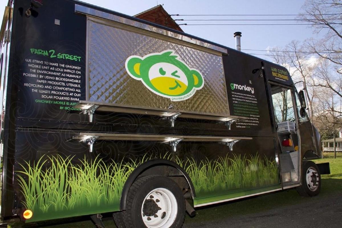 5 coolest vegan food trucks we 39 ve ever seen one green planet. Black Bedroom Furniture Sets. Home Design Ideas