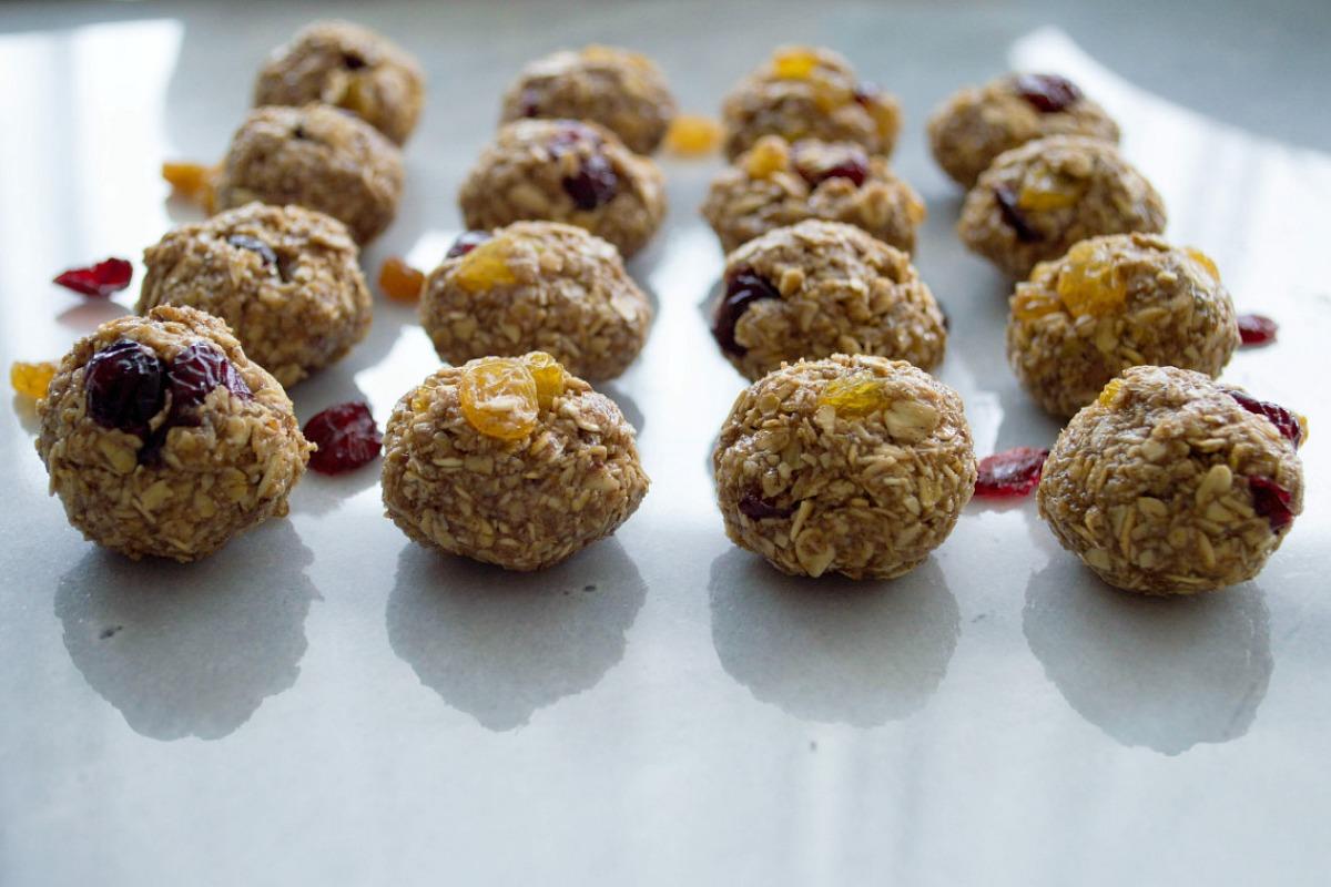 No Bake Oatmeal Raisin Cookie Dough Balls [Vegan, Gluten-Free]