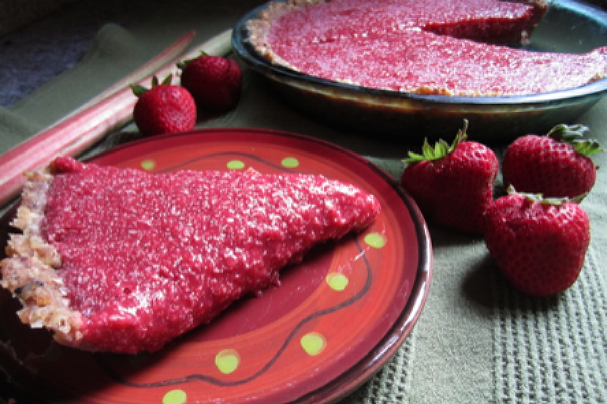 Strawberry Rhubarb Tart [Vegan, Raw, Gluten-Free]