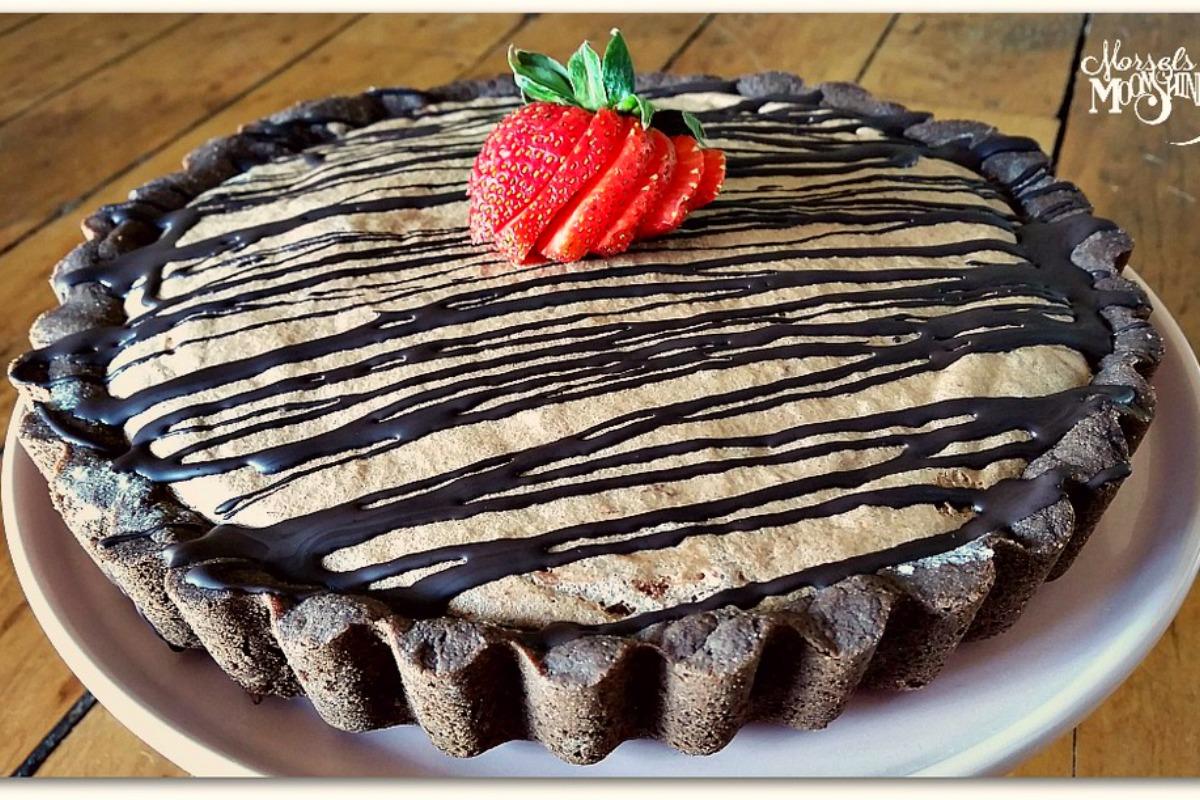 Chocolate and Strawberry Mousse Pie With Graham Cracker Crust [Vegan, Gluten-Free]