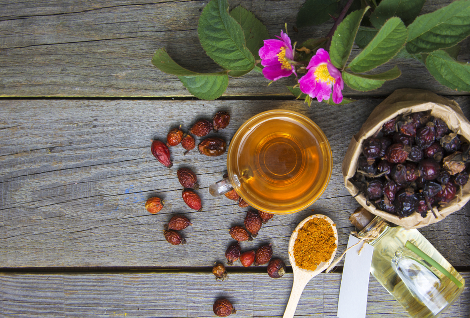 Ditch the Wrinkle Cream: Anti-Aging Properties of Natural Oils, and 5 DIY Formulas