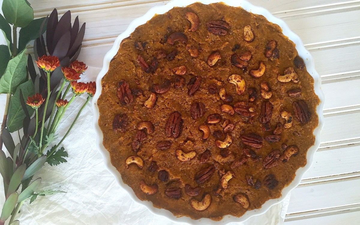 No-Bake Pumpkin Pie Tart With Candied Nut Topping
