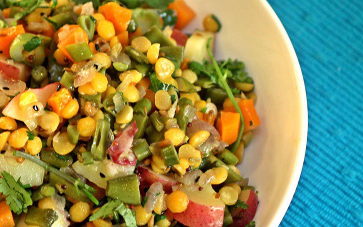 Vegetable Stir-Fry With Panchphoron and Split Peas