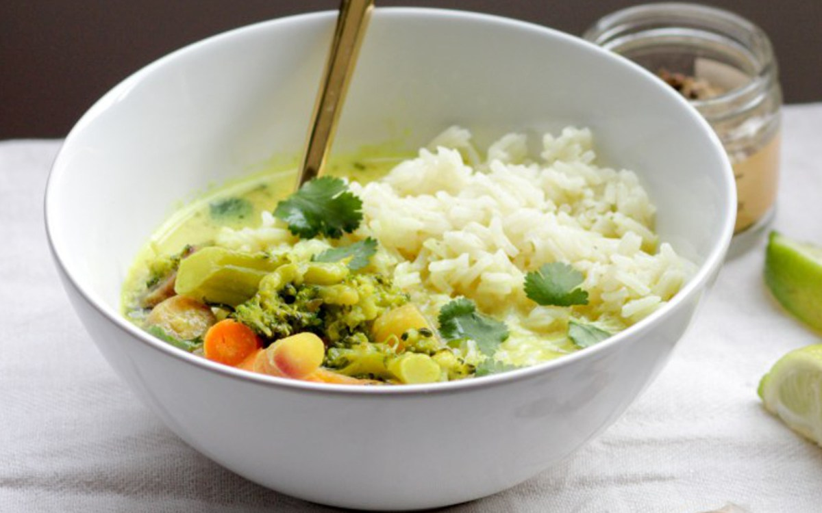 Turmeric Coconut Milk Vegetable Curry