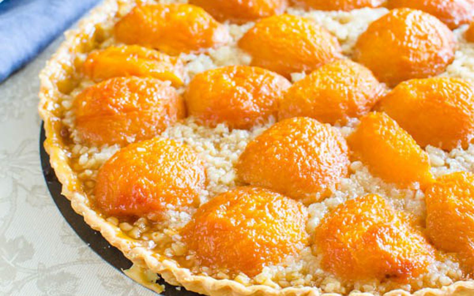vegan apricot almond tart