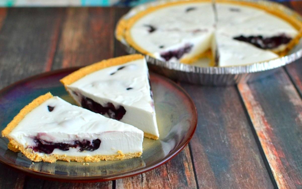 Easy Blueberry Cream Pie