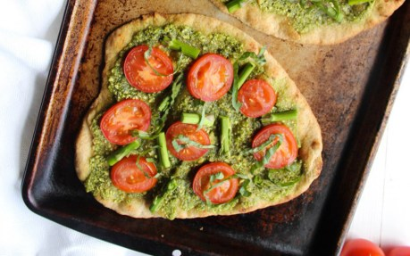 Pesto Naan Pizza With Roasted Tomatoes and Asparagus