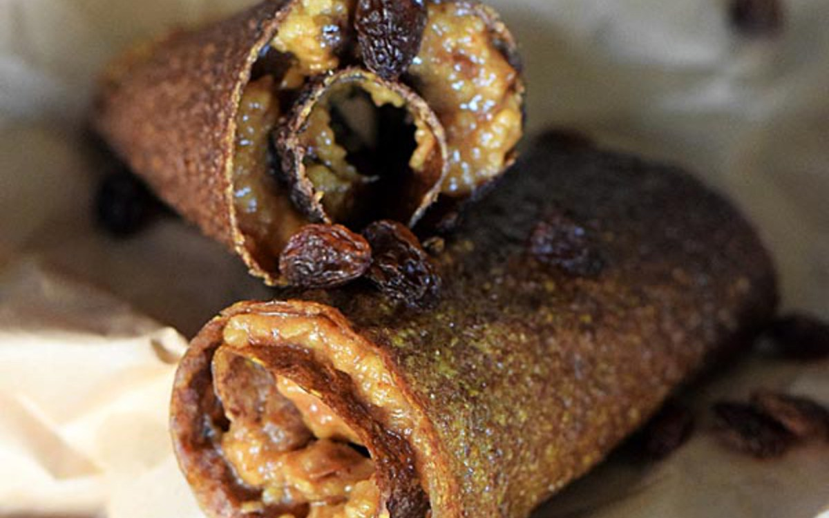 Raw Crepes With Caramel Apple Filling 2
