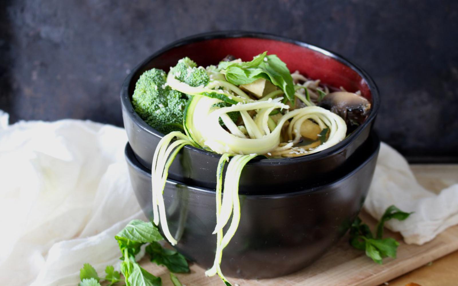 Chicken and vegetable ramen noodle soup | Healthy Recipe ...  |Ramen Noodle Broth