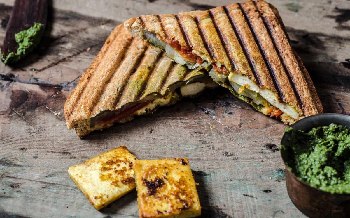 Grilled Tofu Tikka Sandwich [Vegan]
