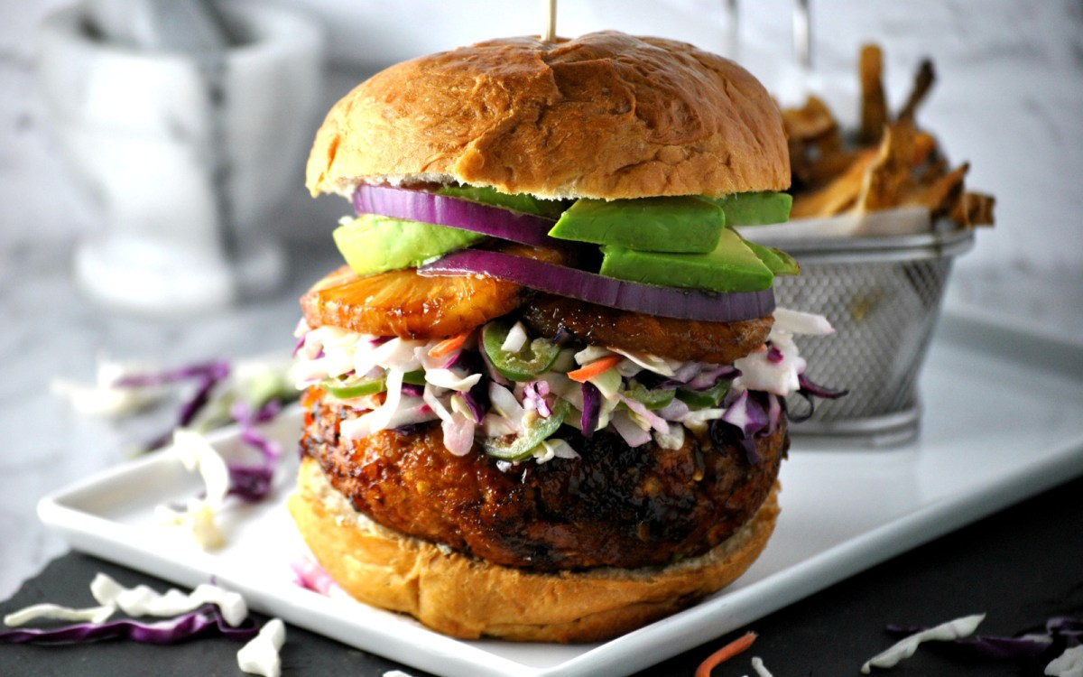 25 Saucy and Delicious Plant-Based Burgers and Hot Dogs For Your 4th of July BBQ