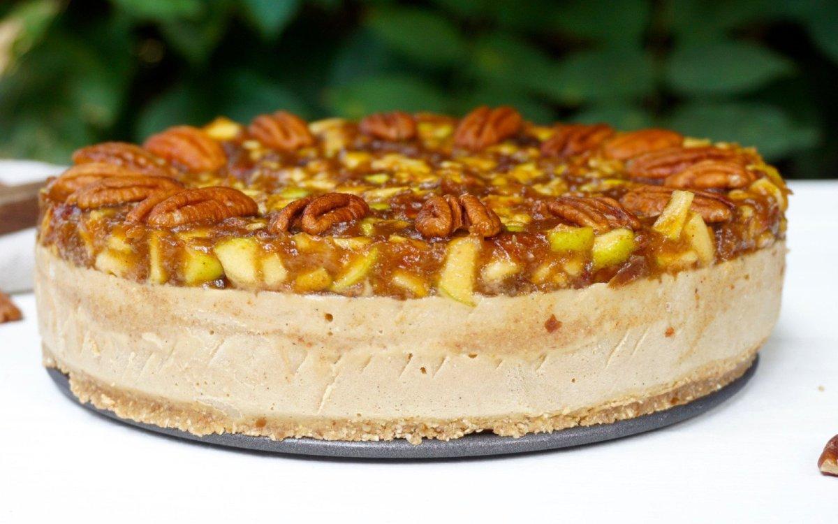 apple pecan ice cream cake