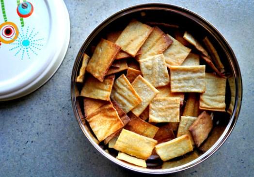 Sourdough-Zero-Waste-Crackers-FINAL-550x383