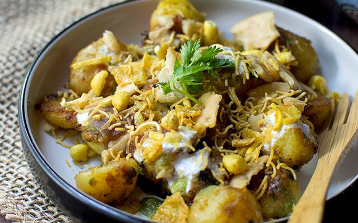 Aloo Chaat: Indian Spicy Potato Snack [Vegan] - One Green