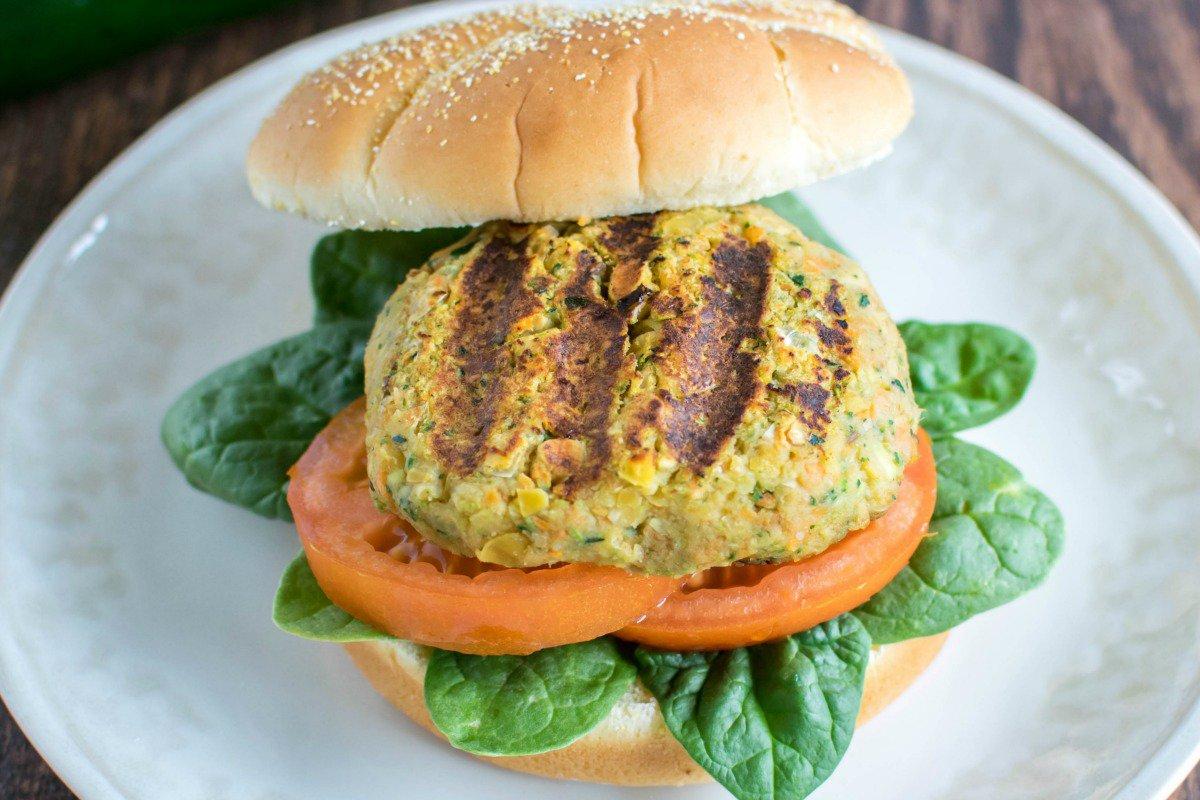 zucchini chickpea burger