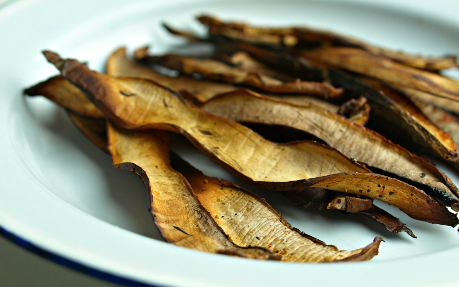 Crispy Chewy Portobello Bacon