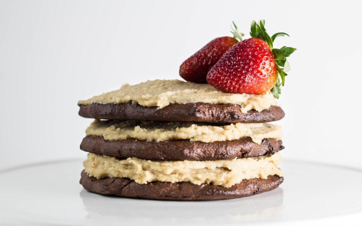 Paleo Flourless Chocolate Cake 2