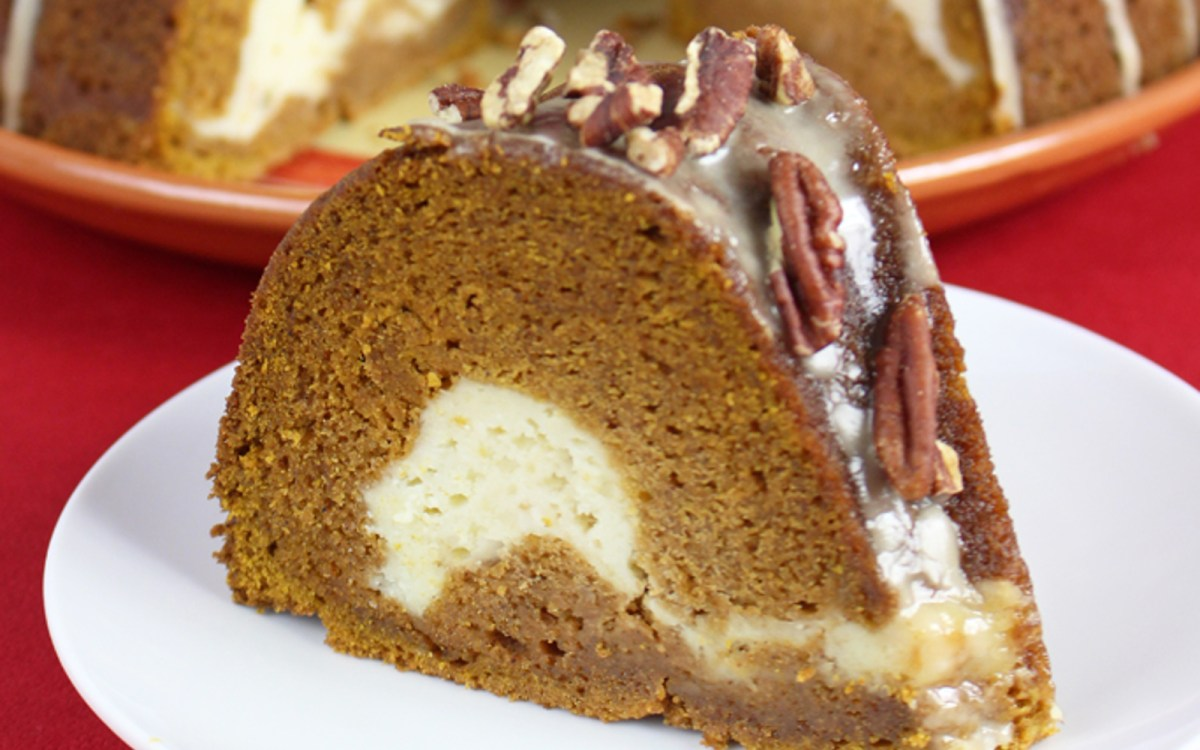 Pumpkin Cream Cheese Maple Glazed Bundt Cake [Vegan] - One ...