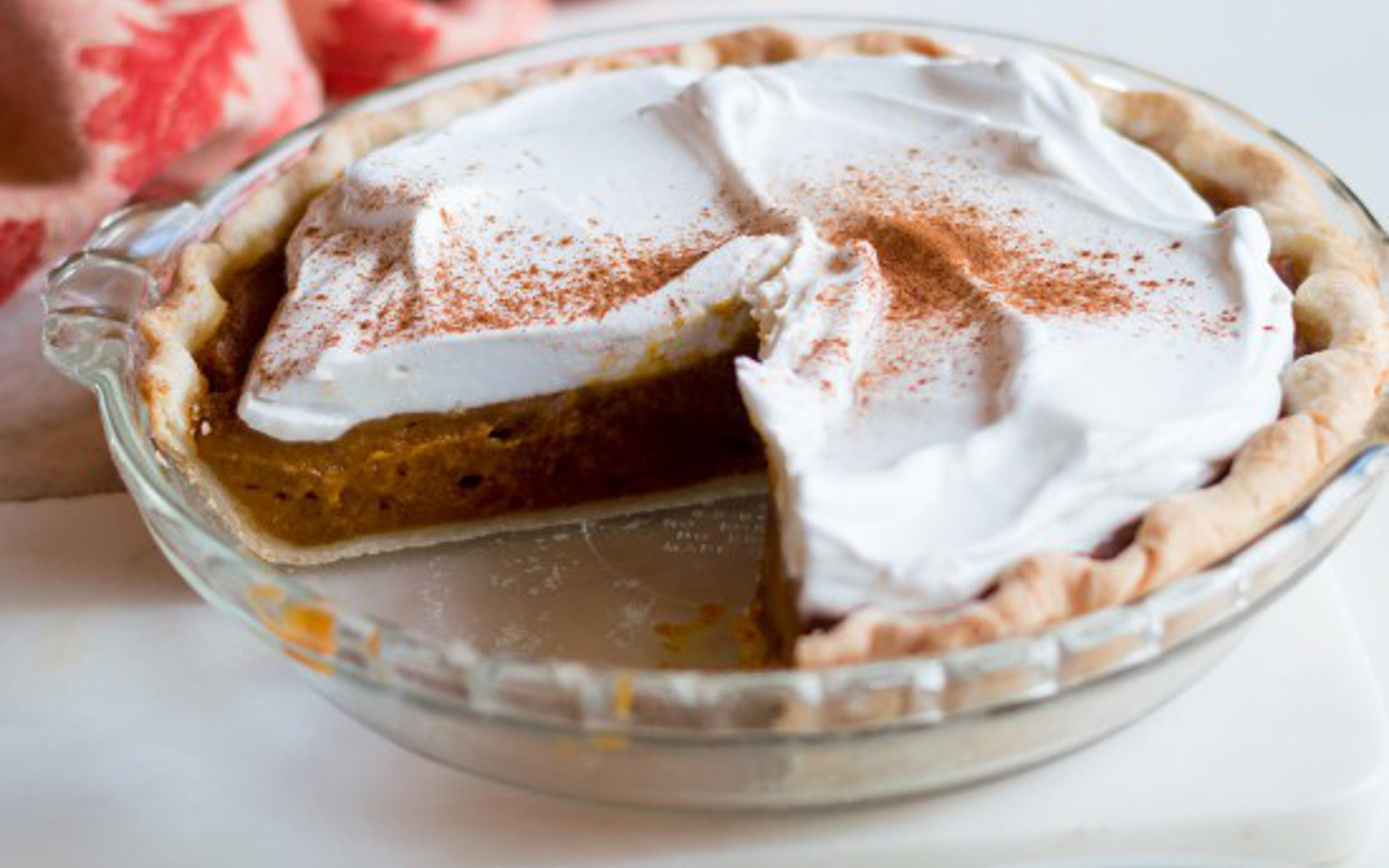 20 Thanksgiving Pies That Will Have Everyone Battling It ...