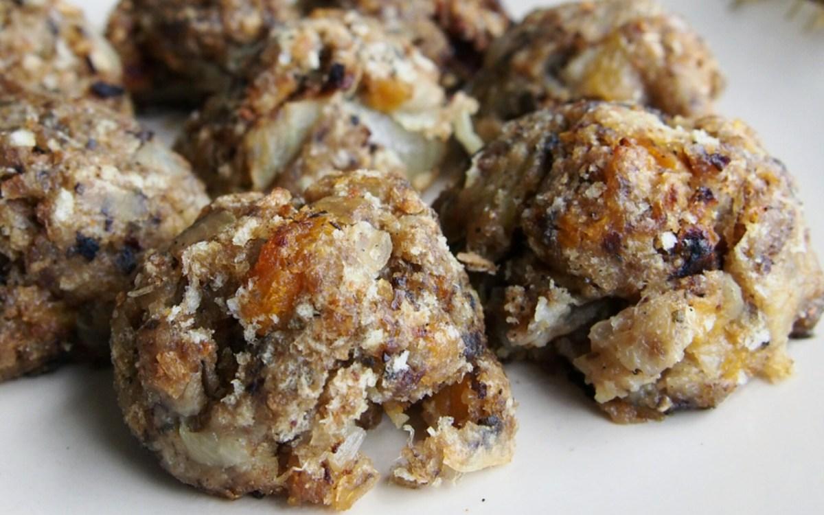 vegan sage onion and apricot stuffing