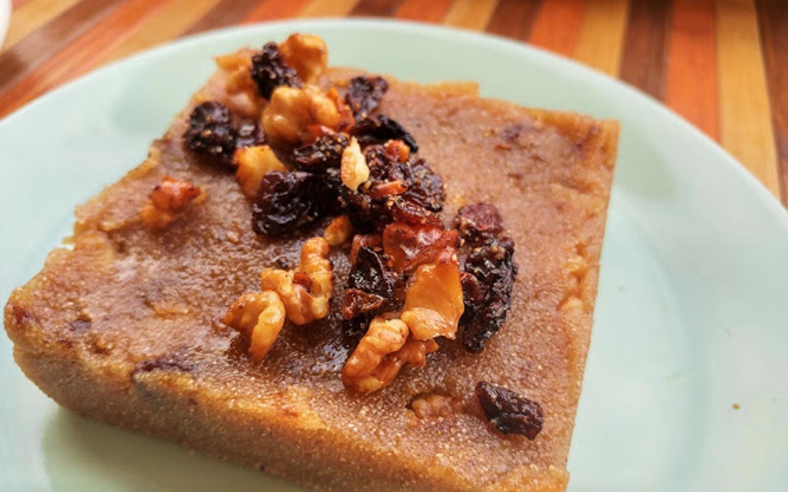 Sooji Halwa: Indian Semolina Dessert b