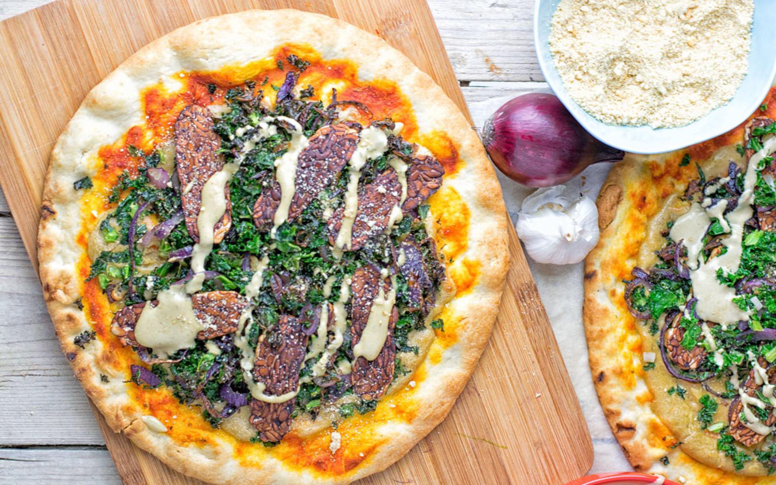 Tempeh Bacon Kale Pizza