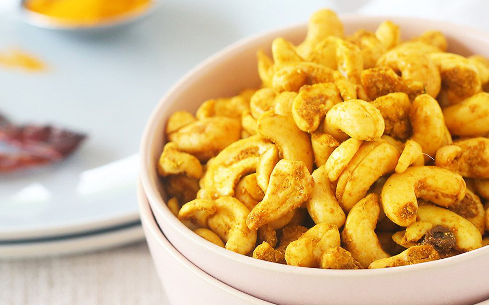 Vegan Spicy Golden Turmeric Cashews