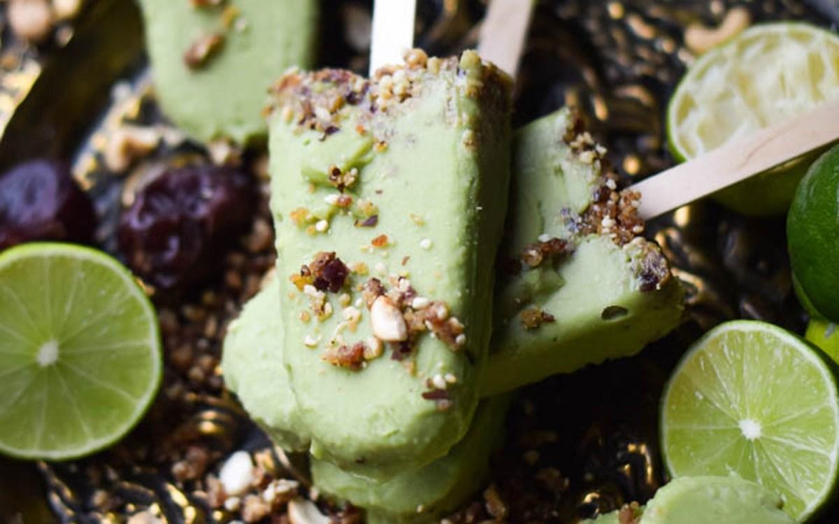 Vegan 5-Ingredient Avocado Key Lime Pie Popsicles