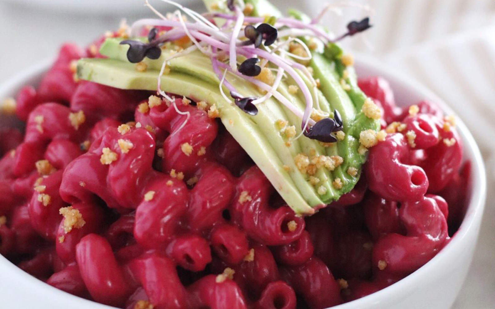 Vegan Beet Mac and Cheese