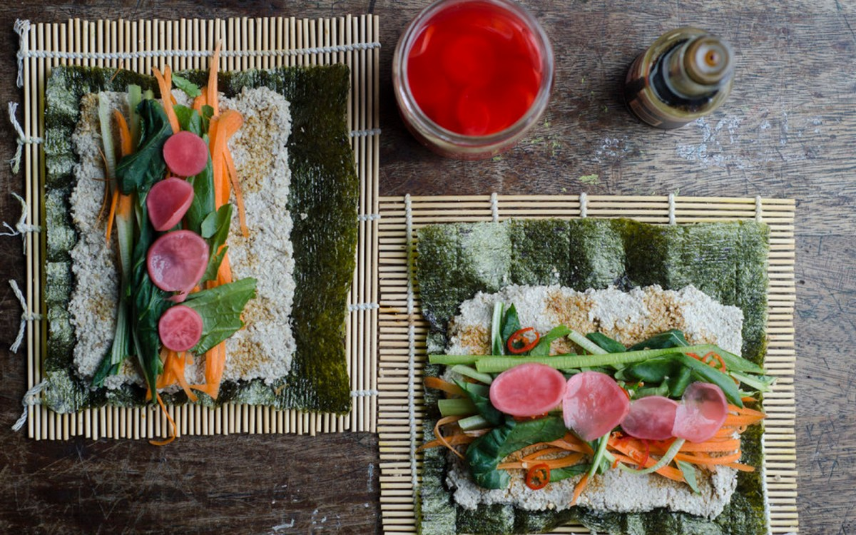 Raw Vegan Raw Sushi Rolls With Sunflower Seed 'Rice'
